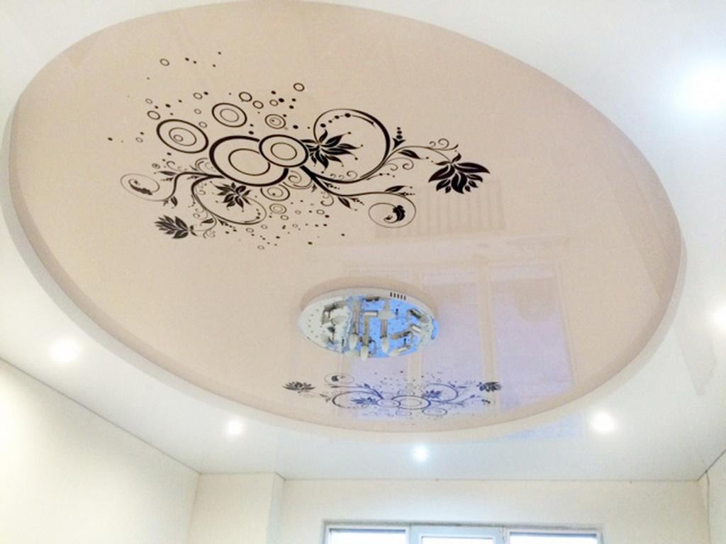 призналась, что рисунок натяжных потолков фото для зала это создает