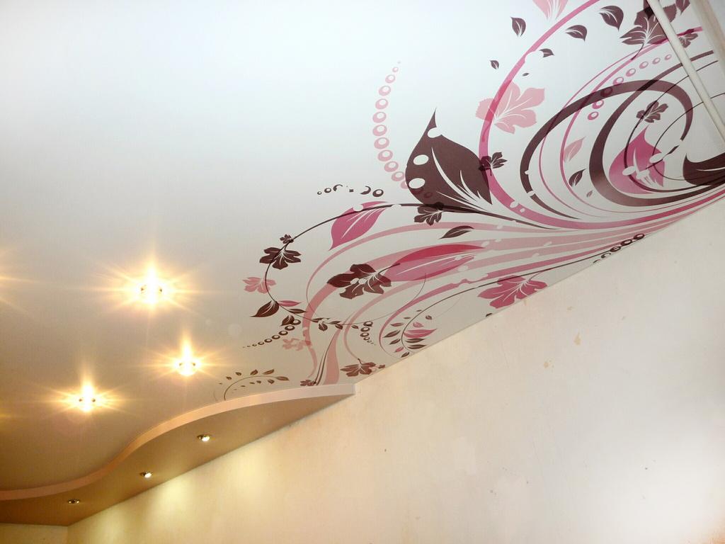натяжные потолки с рисунком фото эскиз это время